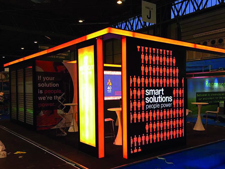 smart-solutions-stand